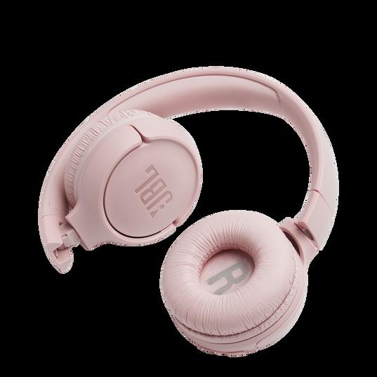 JBL TUNE 500BT - Pink - Wireless on-ear headphones - Detailshot 1