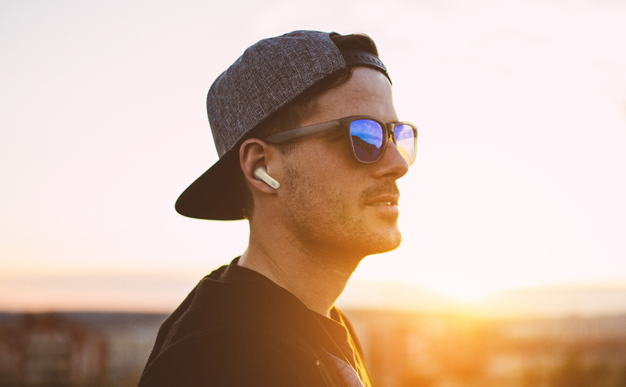 Adaptive Noise Cancelling with Smart Ambient